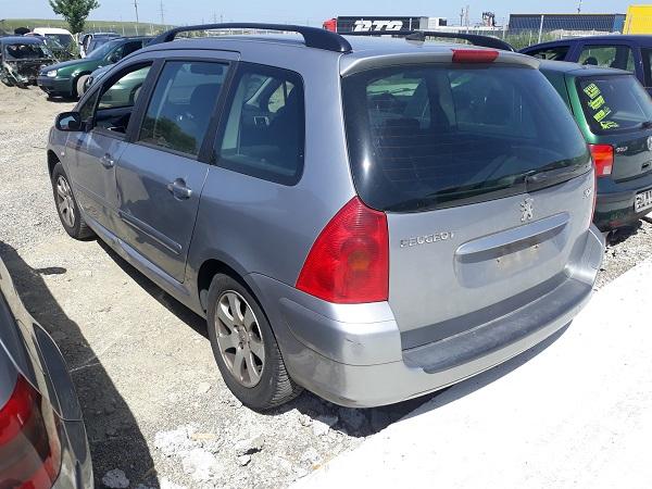 Peugeot-307-2-2